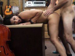 Horny Musician gets her shaved pussy priced at the shop